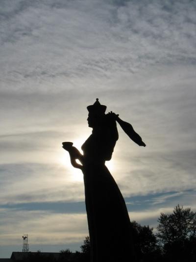 Памятник прекрасной бурятке