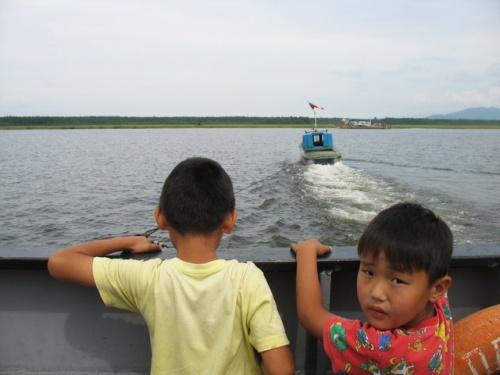 Паром через реку в Усть-Баргузине