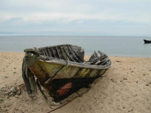 Старая лодка. Катунь, Чивыркуйский залив, Байкал.