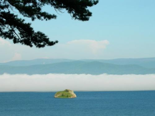Остров Покойницкий Камень