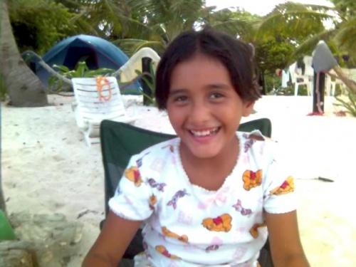 Дочка нашего хозяина-одна очень симпатичная девочка,которая очень хорошо говорила и по английски, несмотря на ее возраст-только 9 лет.