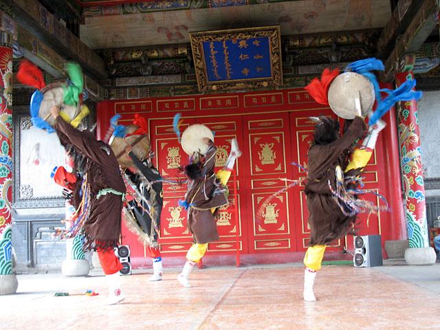 Танец шаманов, Улан-Батор, Музей Чойжин-ламы