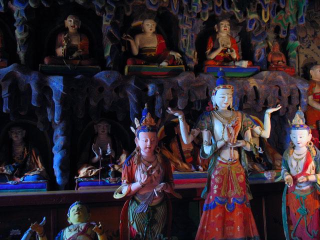Мир буддистских богов и святых