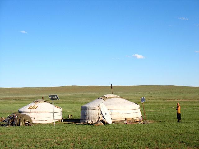 В гости к монголу на чашку чая можно зайти запросто.