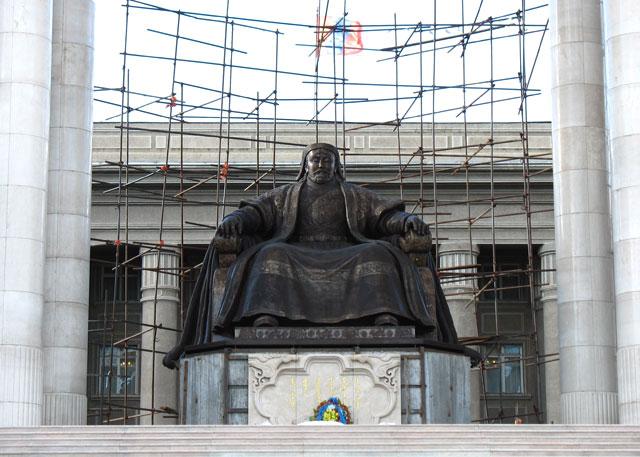 Строящийся Мемориал Чингисхана, насколько мы поняли