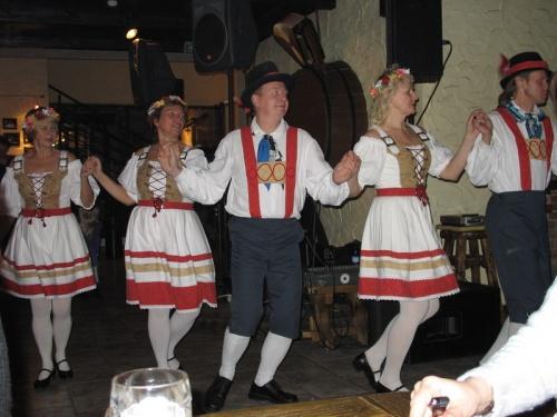 Народные эстонские танцы