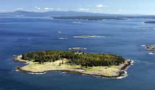Вот такие острова есть на продажу