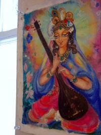 Это богиня, явившаяся в медитации одной нашей знакомой художнице, котороая уже года 4 живет и медитирует во Вриндаване