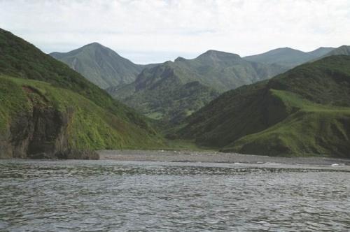 берег и сопки