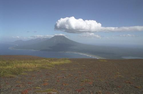 вид с плеч вулкана на Стокап