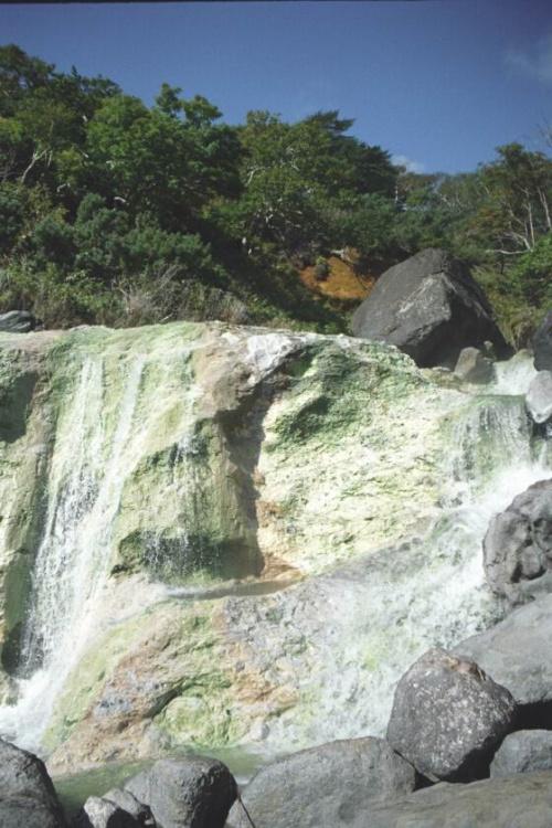 горячие кислые водопады...гип гип урааа нихт турист...все ушли