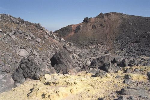 внутренности кратера