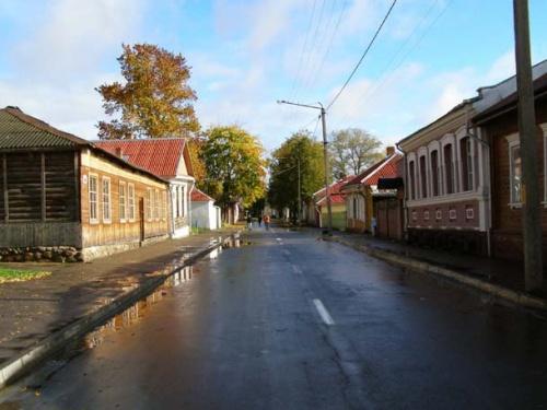 Малопокровская улица-музей