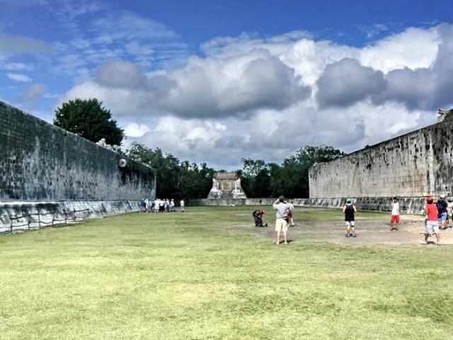 Это древная спортивная площадька.