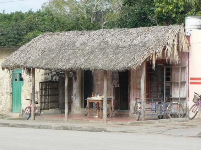 Так делают и эти маленкие рестораны, где можно пообедать на 2-3 долара