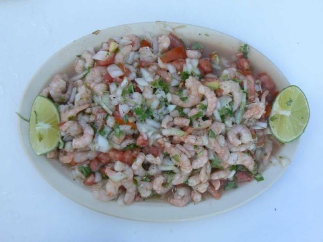 Севиче-это одно из самых хороших блюд-суровые морские деликатесы-рыба, камароны-не знаю их названия по русский и другие...