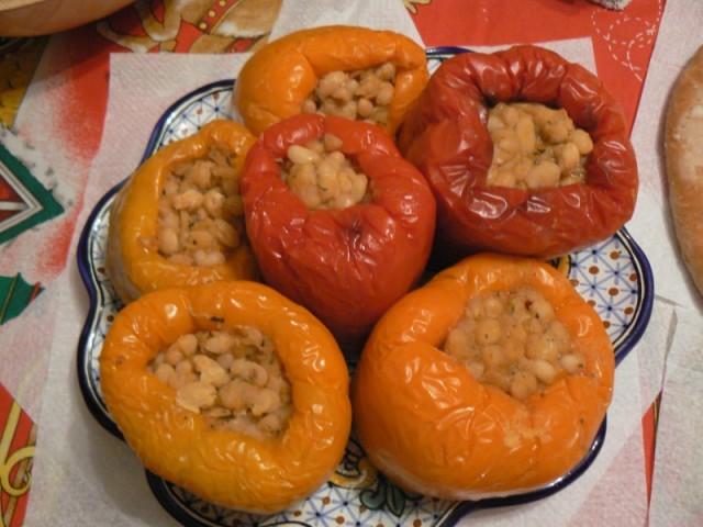 Перец с фасоль