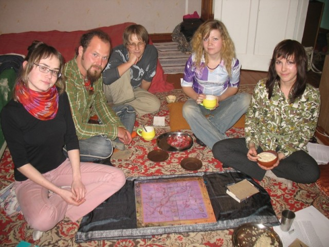 Игроки в Лилу в своем земном воплощении. Ижевск