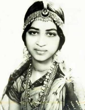Кузина Удая - Канакалата (это к вопросу об индийской красоте).