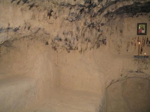 Монашеская келья в Китаевских пещерах