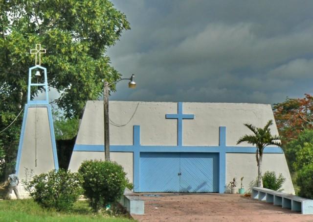 Церквы-объязательные, даже по несколько иногда.