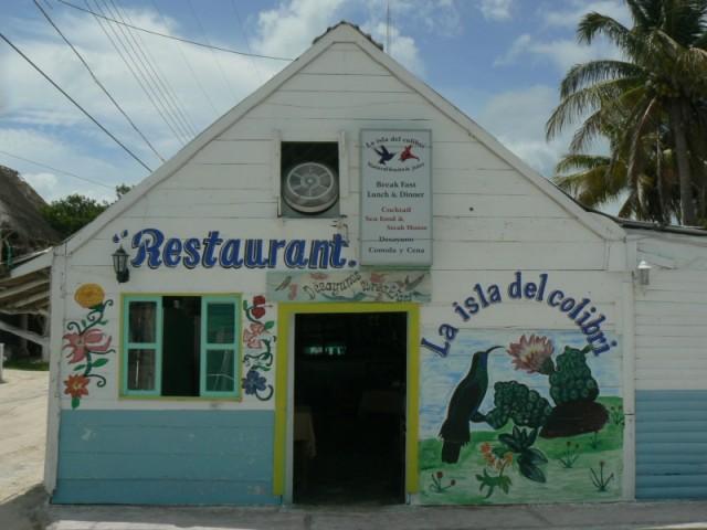 Маленкий ресторан.