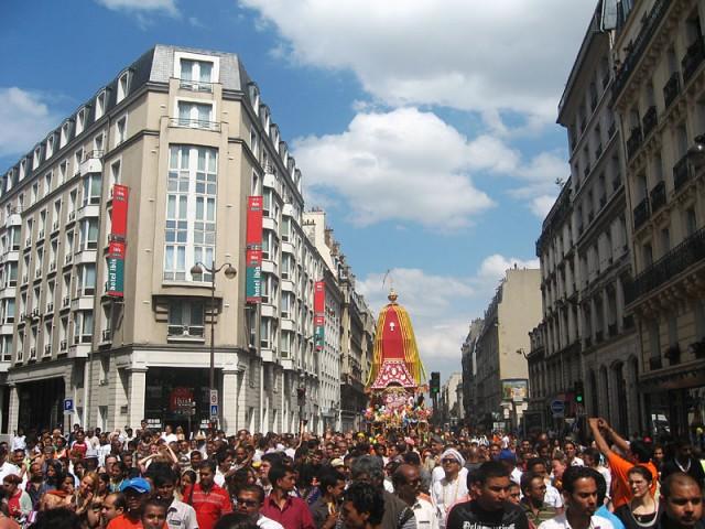 Париж - столица Индии