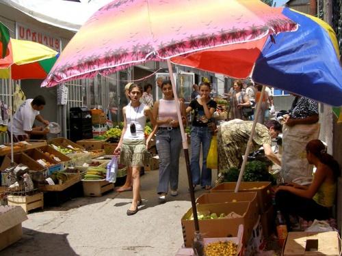 Ереван – огромный рынок