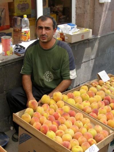Ашот – повелитель персиков