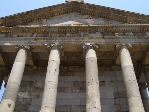 Храм Митры