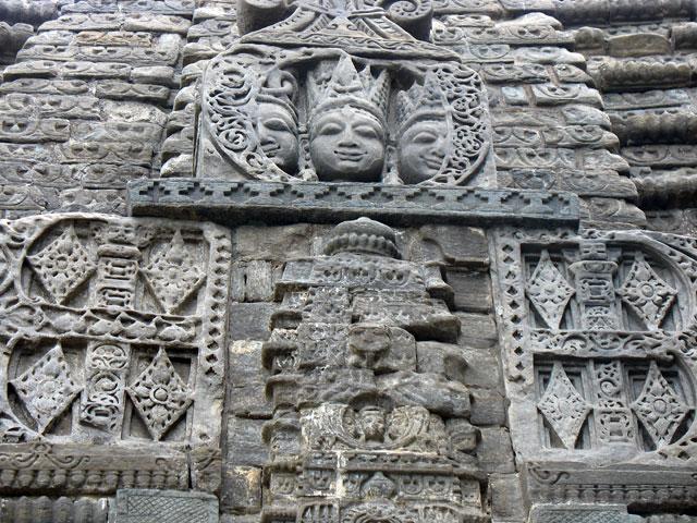 Каменная резьба храма Гоуришанкар. Дашала