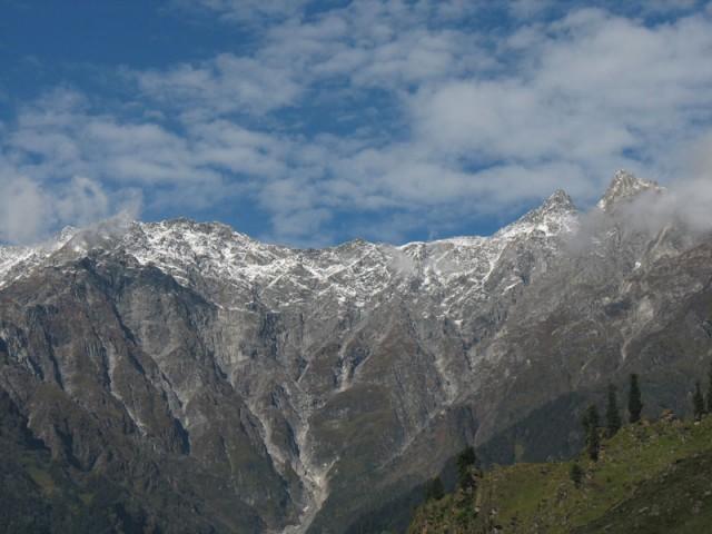 Вид в сторону Долины Соланг