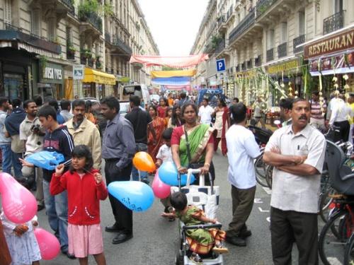 улица индийского квартала в Париже