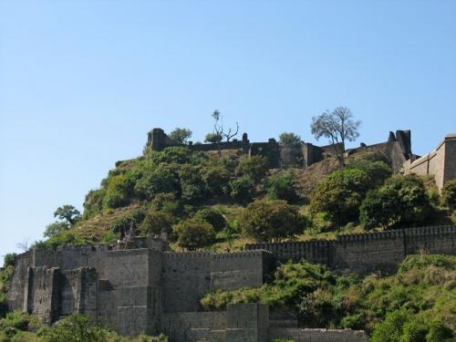 Форт в Кангре