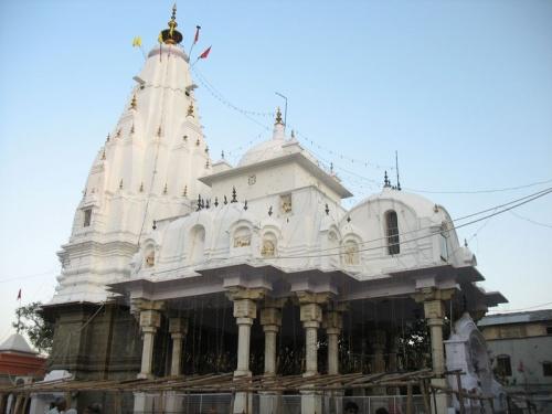 Храм Деви