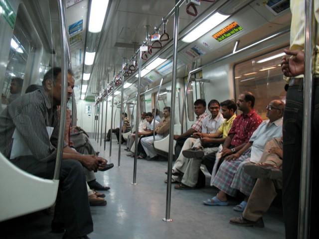 Вагон делийского метро