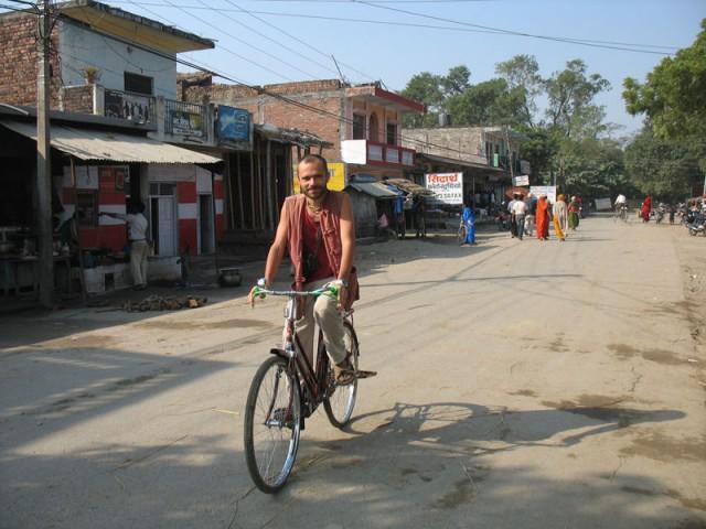 Вело-нирвана в районе Лумбини...
