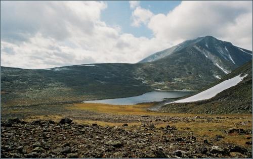 Вид на гору Народную, она совсем рядом