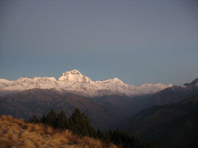 Пун Хилл, Гималаи на рассвете