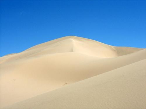 Двуцветный мир дюн