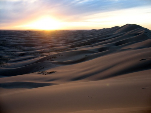 Закат в песках Хонгор Элс