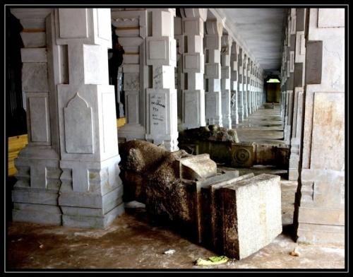 Упавшие колонны