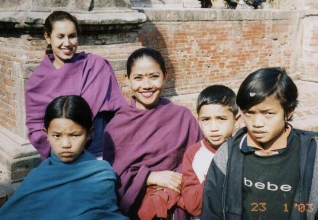 Для нас любовь и Библия и пища,  Но можем дать и по лицу,  За родную Катманду!