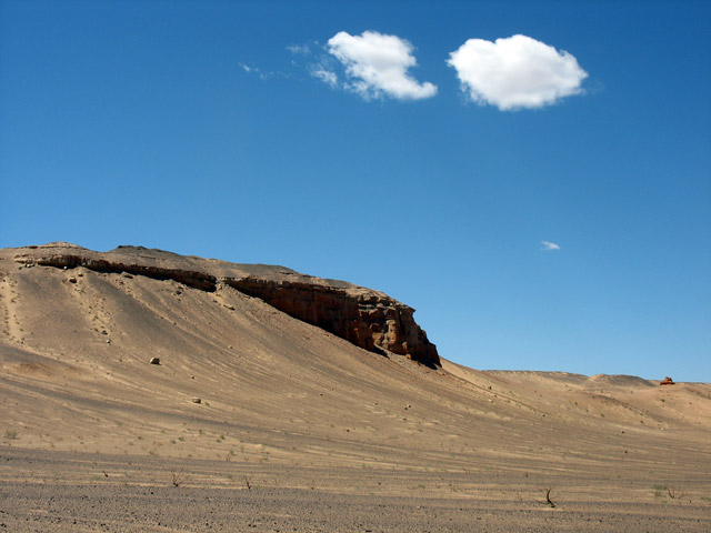 На подходе к Хермен Цаву, пустыня Гоби