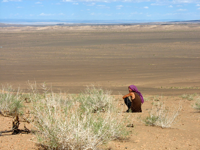 Странник Муни в песках Хермен Цава