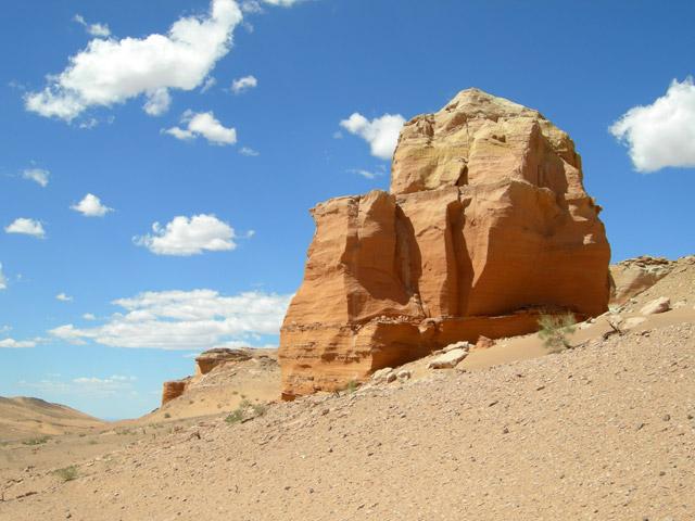 Красные скалы в пространстве Хермен Цава