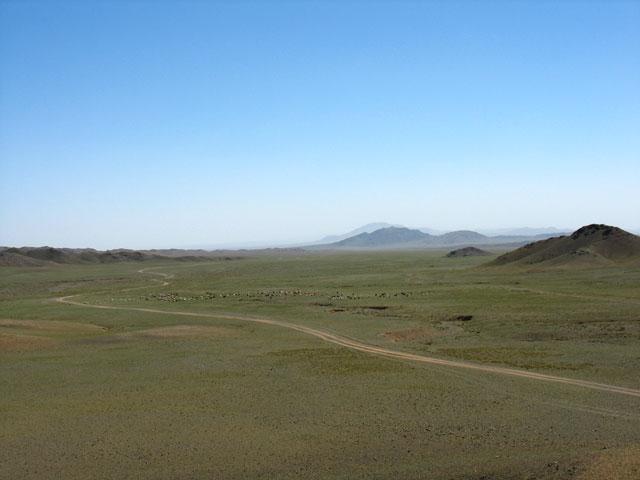 Дорога назад через хребет Тост-Уул
