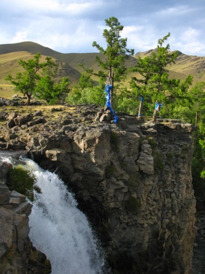 Водопад Улаан Цутгалан. Вид сверху