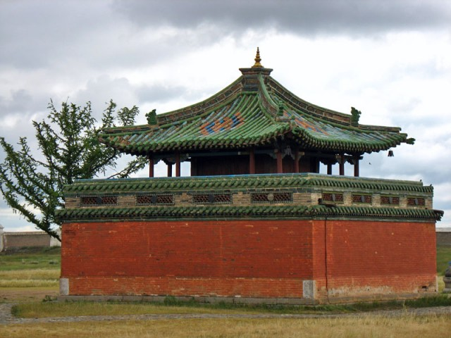 Каракорум. В монастыре Эрдэни-Дзу