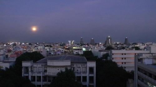 Вид с крыши. фото Коtи.